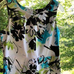 Ladies Dress 👗..Maurice's Size 9/ 10